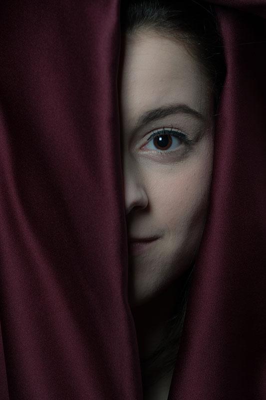 Paul Kastelein, portret vrouw met paarse doek