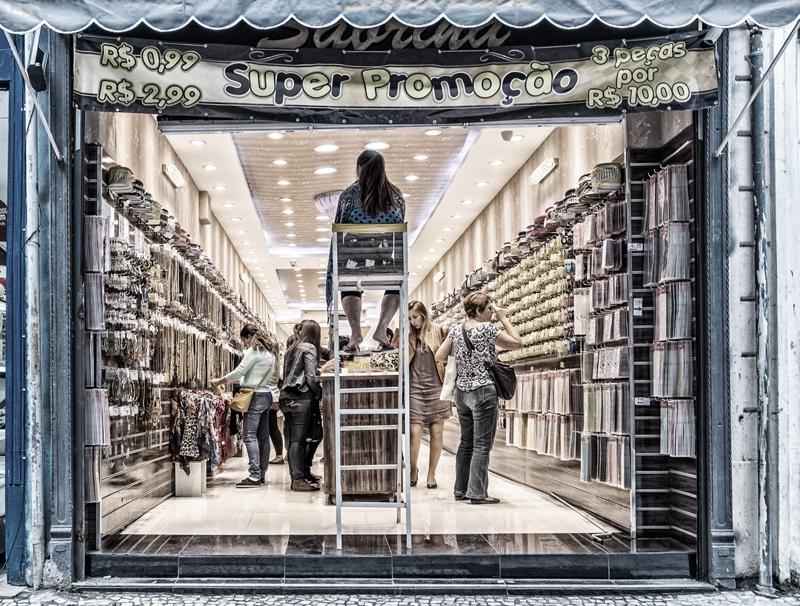 Jos Didden, winkel in Zuid Amerika